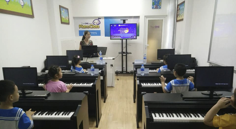 lớp học piano thông minh the one