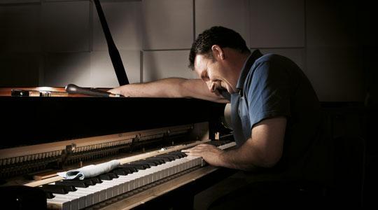 BẢO QUẢN ĐÀN PIANO RA SAO?